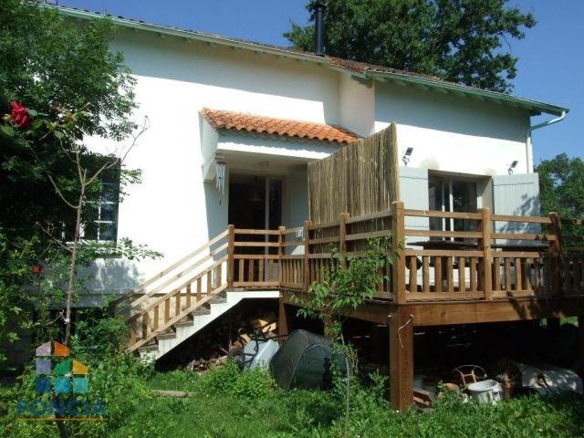 Maison sur sous-sol 120 m² sur un terrain clos d'environ 880 m²