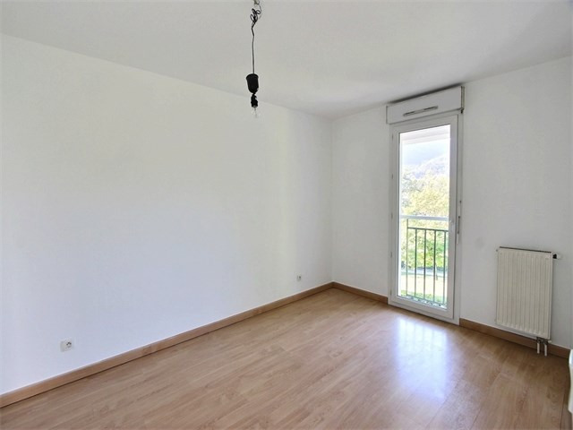 Rental apartment Seynod 1 135€ CC - Picture 4
