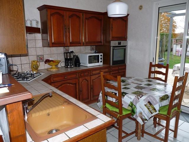 Vente maison / villa Montverdun 239000€ - Photo 6
