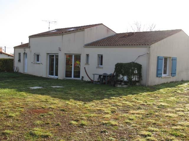 Sale house / villa Tonnay-boutonne 153750€ - Picture 2