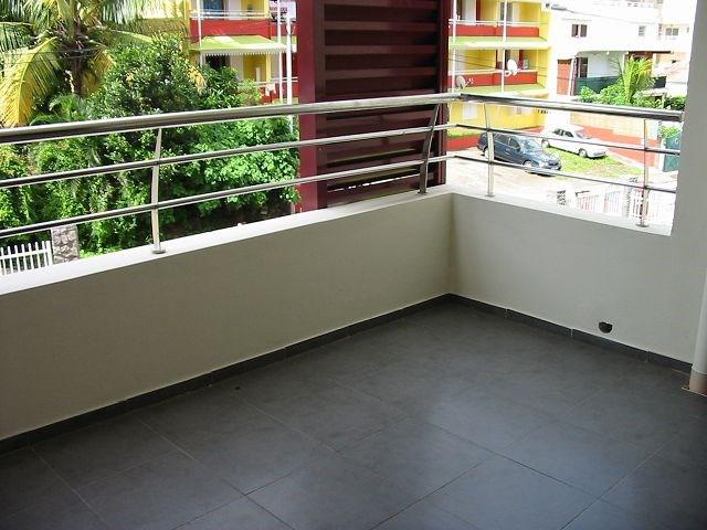 Location appartement Ste clotilde 602€ CC - Photo 8