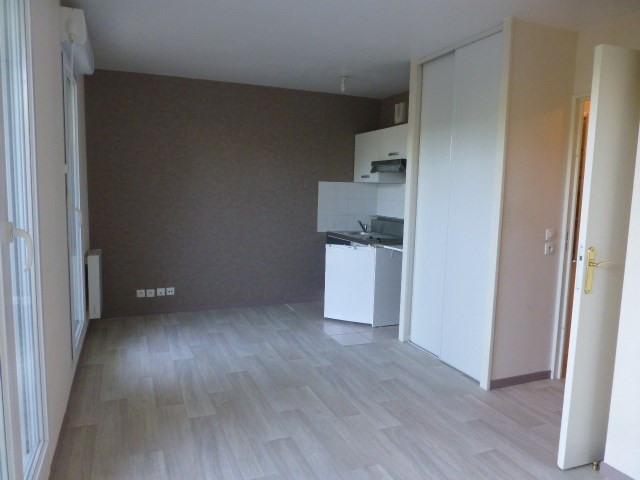 Location appartement Mantes-la-jolie 540€ CC - Photo 2