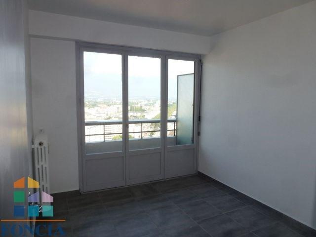 Location appartement Chambéry 846€ CC - Photo 3