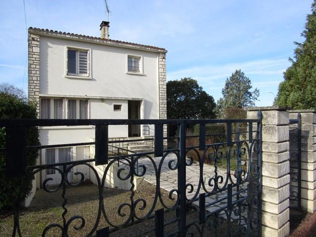 Vente maison / villa Saint-jean-d'angély 117000€ - Photo 1