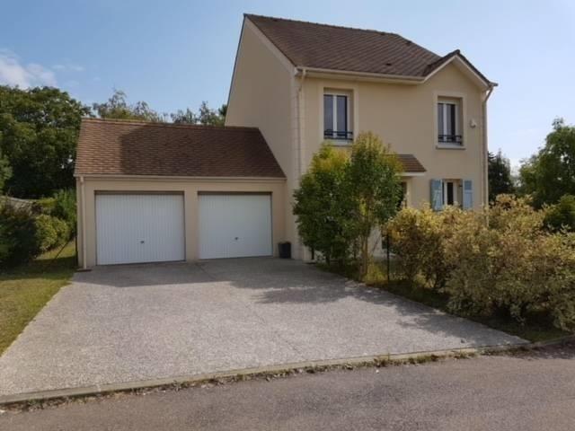 Sale house / villa Villennes sur seine 550000€ - Picture 1