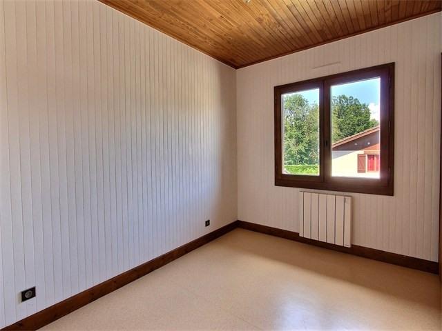 Rental house / villa Groisy 1399€ CC - Picture 6