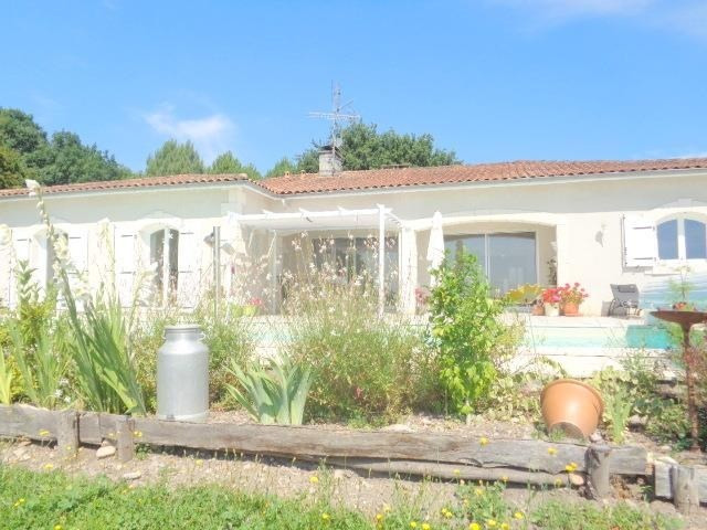 Sale house / villa Saint andre de cubzac 399 000€ - Picture 1