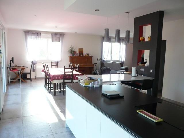 Verkoop  huis Saint-genest-lerpt 379000€ - Foto 1