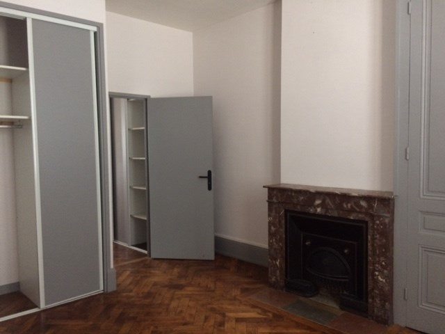 Location appartement Lyon 3ème 761€ CC - Photo 3