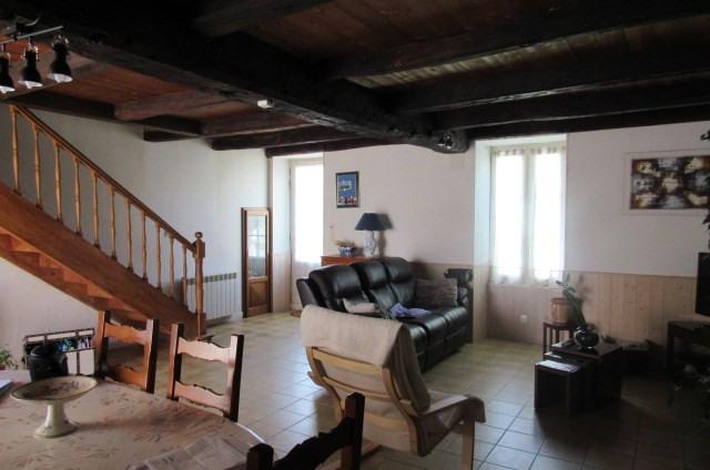 Sale house / villa Archingeay 132750€ - Picture 5