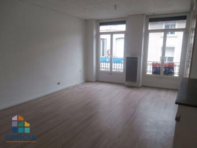Péage, hyper centre, Appartement T2 de 45M²