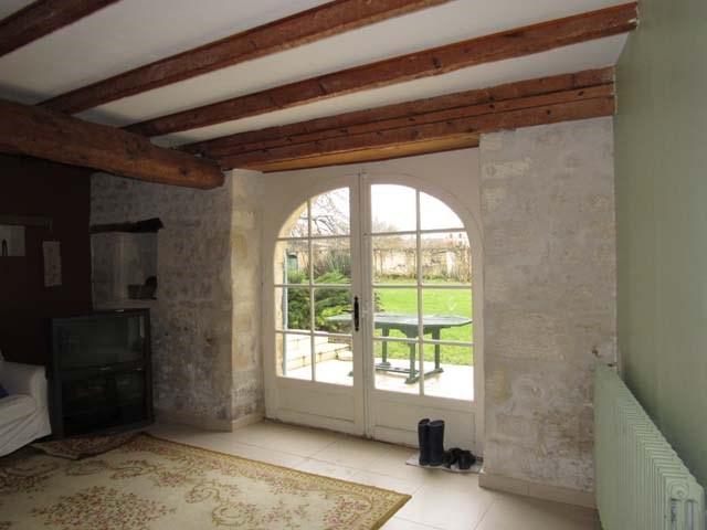Vente maison / villa Saint-jean-d'angély 300675€ - Photo 8
