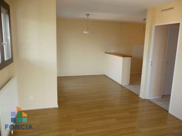 Alquiler  apartamento La motte-servolex 778€ CC - Fotografía 1