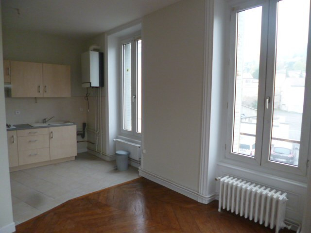 Location appartement Tarare 400€ CC - Photo 1