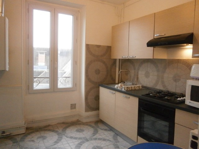 Rental apartment Fontainebleau 1 857€ CC - Picture 8