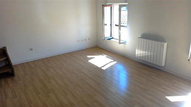 Location appartement Villefranche sur saone 540€ CC - Photo 2