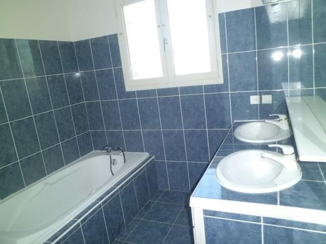 Location maison / villa Launac 815€ CC - Photo 10