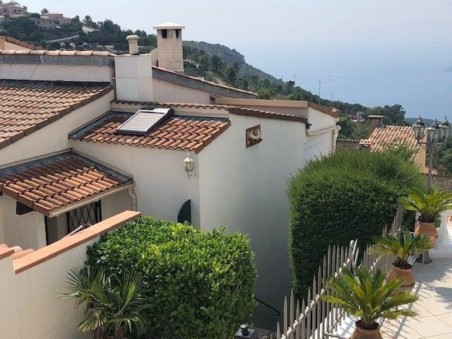 Deluxe sale house / villa La turbie 665600€ - Picture 3