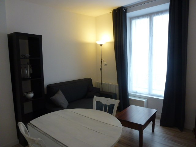 Rental apartment Fontainebleau 980€ CC - Picture 9