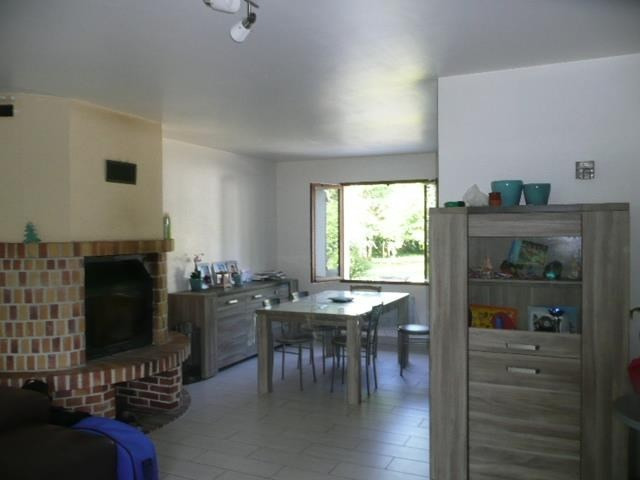 Sale house / villa Presly 162 000€ - Picture 4