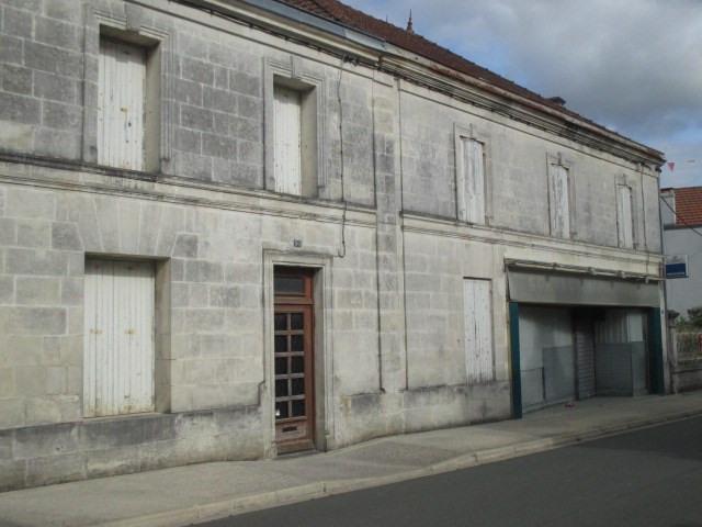 Sale house / villa Saint-porchaire 117000€ - Picture 1