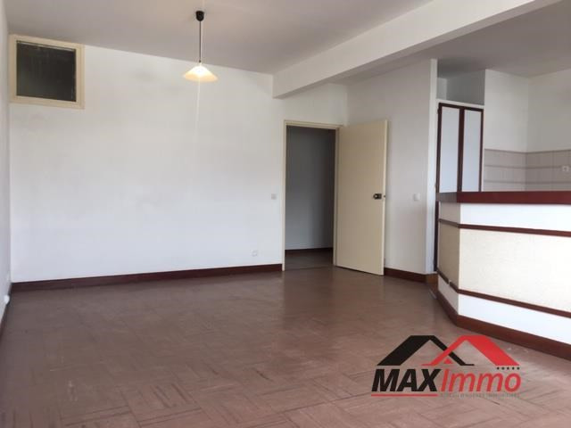 Appartement st denis - 2 pièce (s) - 62.46 m²
