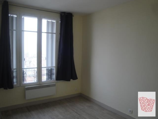 Location appartement Asnieres sur seine 880€ CC - Photo 3