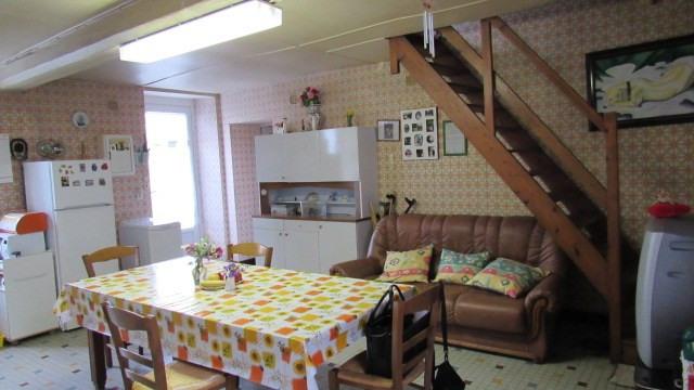 Vente maison / villa Saint-jean-d'angély 64500€ - Photo 5