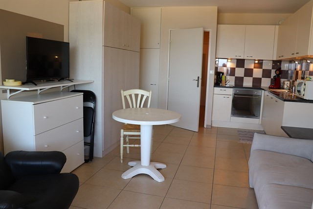 Vacation rental apartment Cavalaire sur mer 500€ - Picture 11