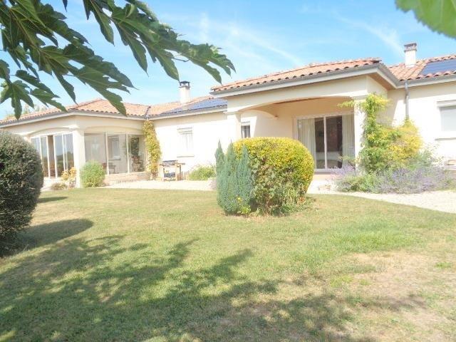 Sale house / villa Saint andre de cubzac 275000€ - Picture 1