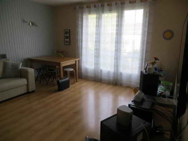 Verkoop  appartement Epernon 166000€ - Foto 7