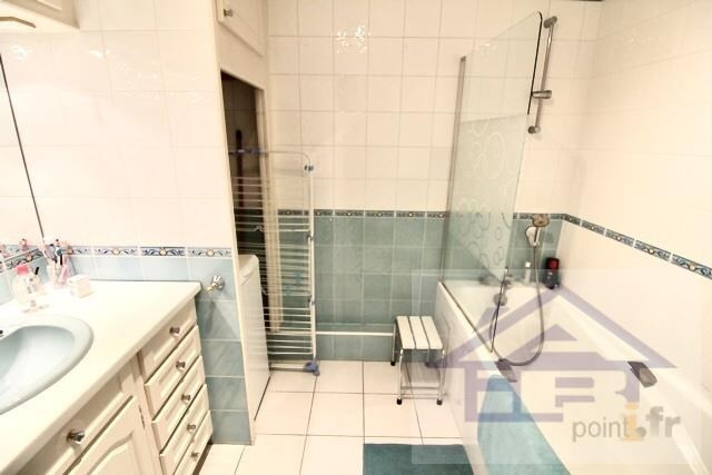 Sale apartment Mareil marly 395000€ - Picture 7