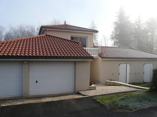 Sale house / villa Saint-genest-lerpt 337000€ - Picture 2
