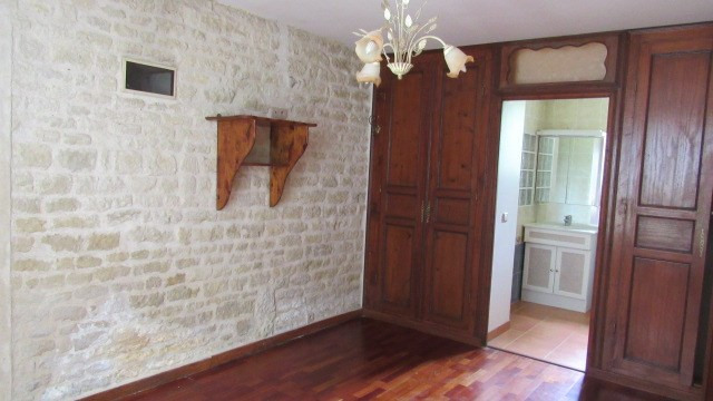 Vente maison / villa Loulay 174 900€ - Photo 4