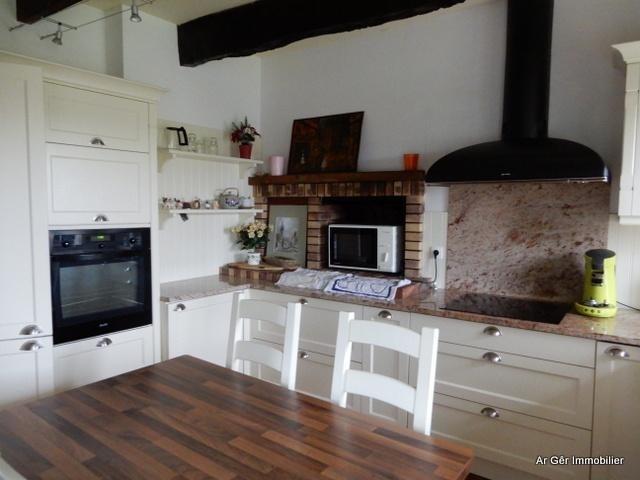 Vente maison / villa St jean du doigt 296800€ - Photo 6