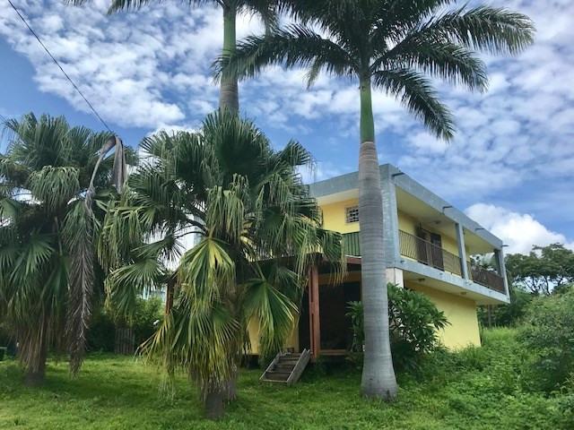 Deluxe sale house / villa Saint gilles les hauts 556500€ - Picture 1