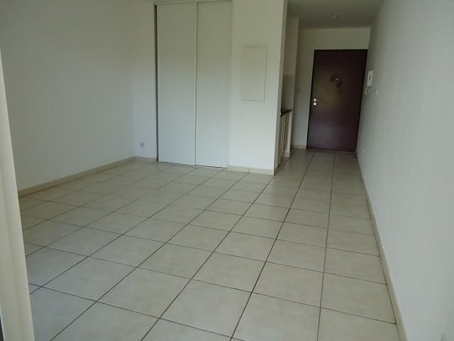 Location appartement St denis 363€ CC - Photo 3
