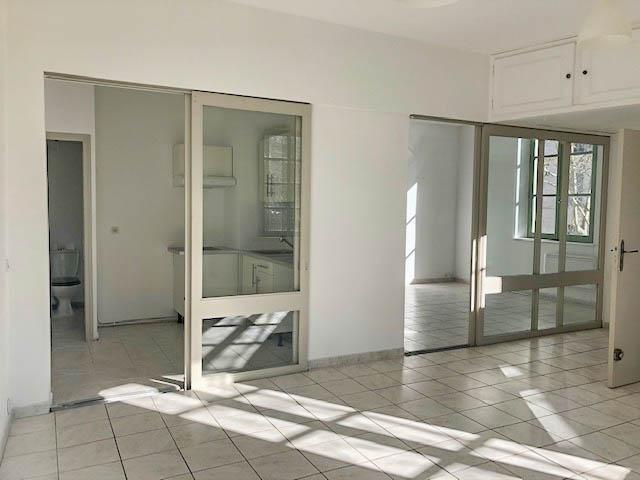 Verkoop  flatgebouwen Uzes 395000€ - Foto 5
