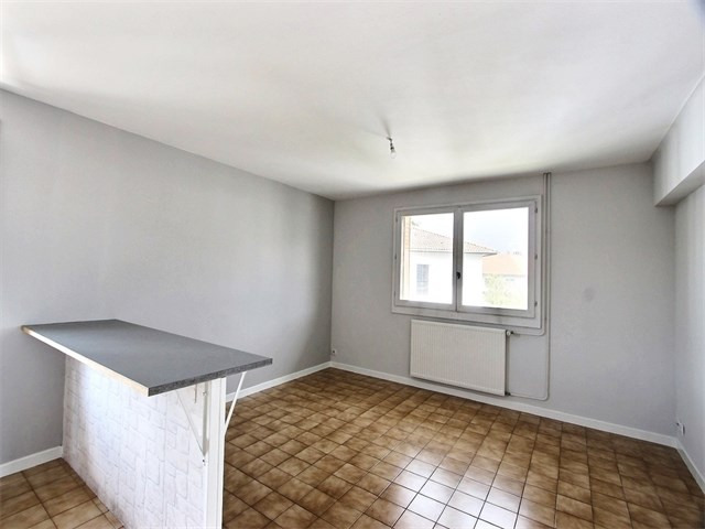 Rental apartment Annecy 610€ CC - Picture 1