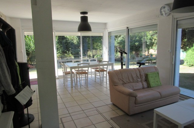 Sale house / villa Moragne 274 300€ - Picture 2