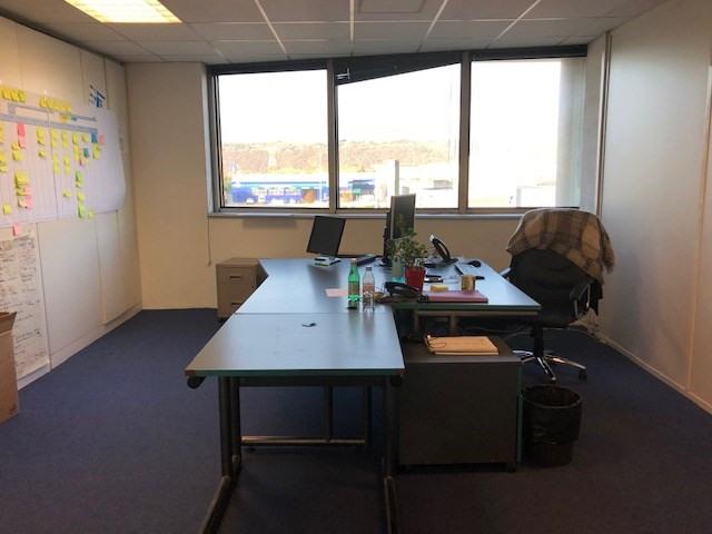 Locação escritório Valence 26334€ CC - Fotografia 7