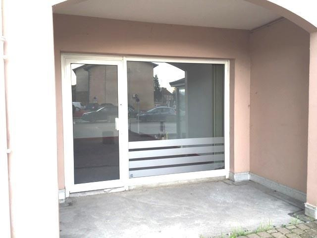Location local commercial Loyettes 500€ HT/HC - Photo 1