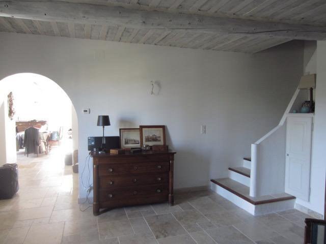 Deluxe sale house / villa Maubec  - Picture 5