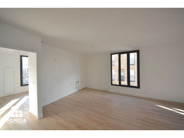 Sale apartment Suresnes 785000€ - Picture 6