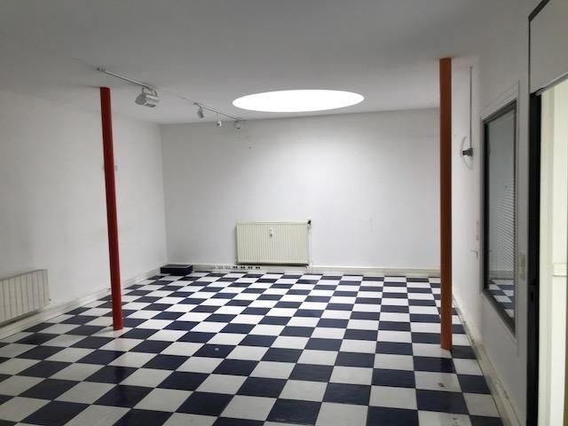 Rental office Paris 16ème 12372€ HT/HC - Picture 3