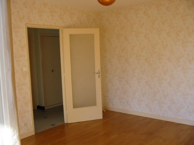 Location appartement Bron 505€ CC - Photo 3