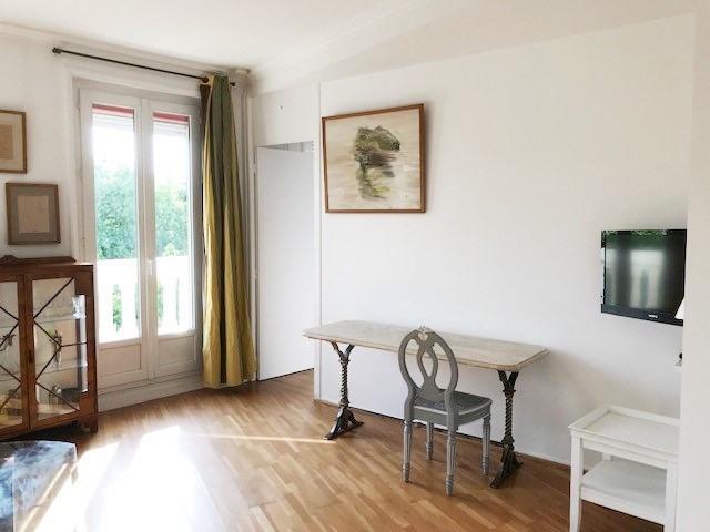 Rental apartment Paris 8ème 2100€ CC - Picture 3