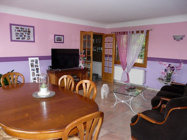Vente maison / villa Saint-genest-lerpt 285 000€ - Photo 5