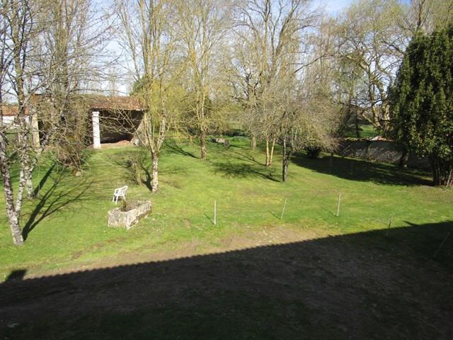 Vente maison / villa Saint jean d'angély 75000€ - Photo 2