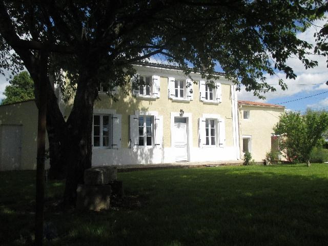Vente maison / villa La vallée 279575€ - Photo 5